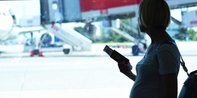 Перелеты, Wi-Fi и рамки досмотра: опасны ли во время беременности