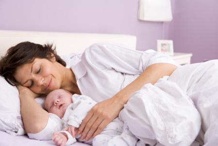 Лекарственный вопрос. Как лечиться кормящей маме?