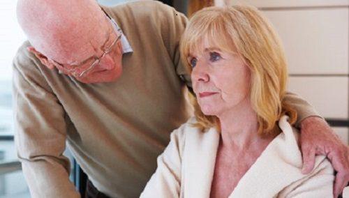 Врачи назвали симптомы раннего развития деменции